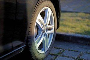 علت ساییدگی لاستیک خودرو چیست؟